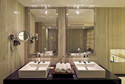 时尚简欧风格卫生间装饰设计