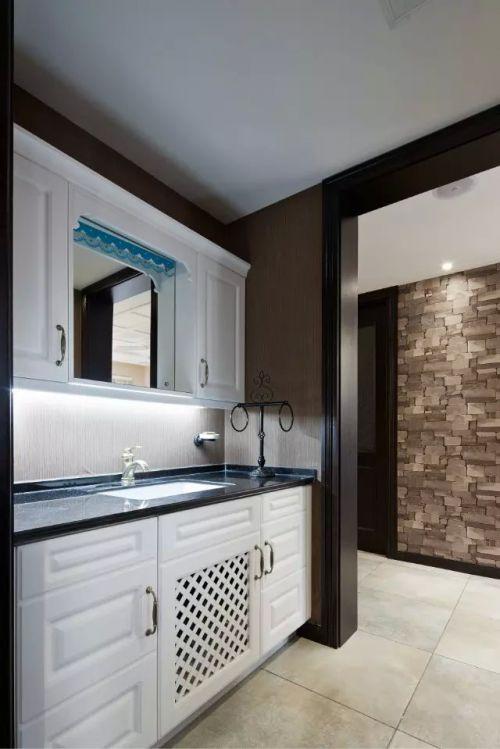 日式风格卫生间水槽装修图片