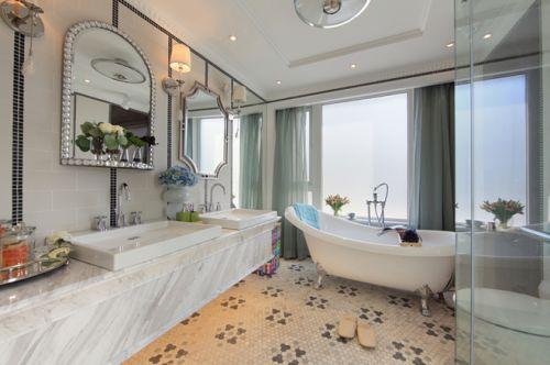 鸿坤林语墅卫生间浴缸设计