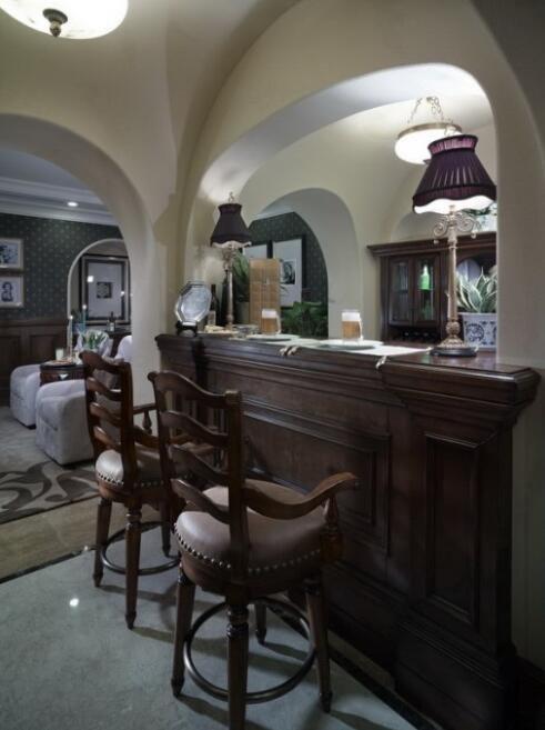 92平美式古典风格吧台装修设计