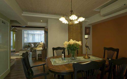 餐厅花瓣形吊灯复古典雅