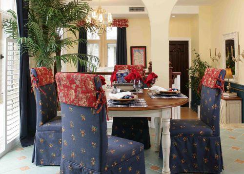 165平米地中海风格别墅餐厅餐桌效果图