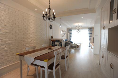 舒适地中海风格两居室餐厅餐桌图
