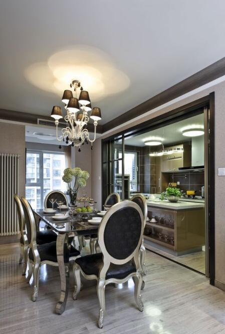 美式新古典风格餐厅厨房隔断设计
