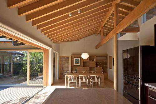 日式原木风餐厅设计图片