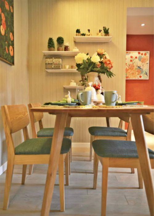餐厅餐桌照片墙装饰设计图片