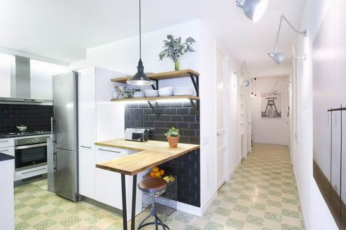 西班牙75平家装厨房过道图片