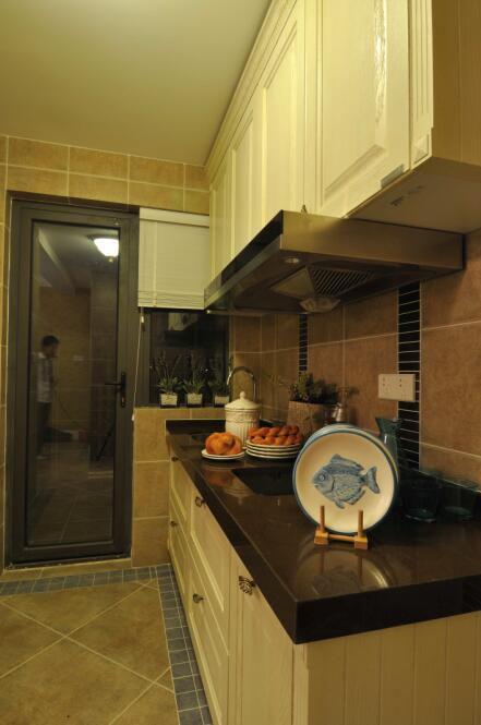 82平小清新地中海厨房装修效果图