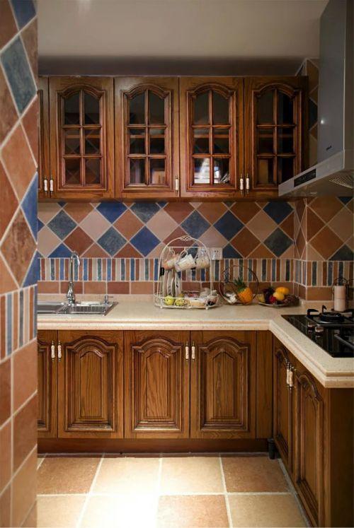 地中海整体橱柜厨房装修效果赏析