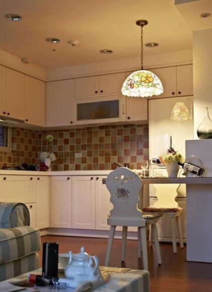 简约东南亚风格别墅设计厨房图片