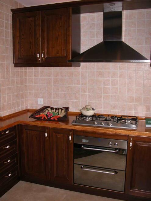 91平米东南亚风格厨房橱柜设计