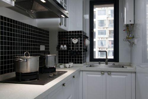 青春水岸的混搭装修设计厨房背景墙