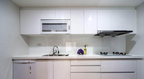 新古典风格厨房整体橱柜图片