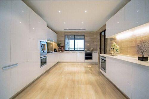 新古典别墅厨房效果图欣赏
