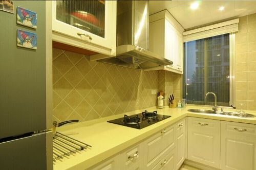 混搭风格白色厨房装饰效果图