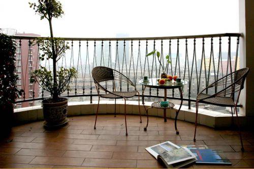 中式样板房阳台装饰设计效果图