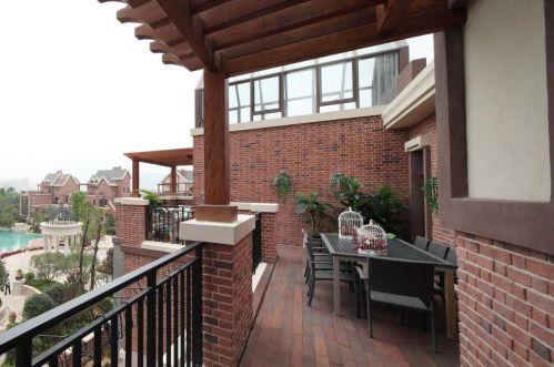 110平美式风格别墅阳台装修图片