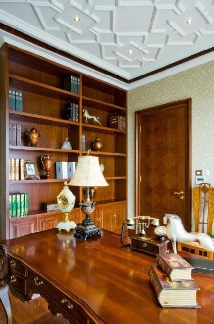 96平欧式风格书房装修效果图欣赏