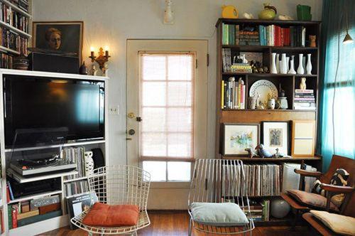 轻装修重装饰的美式住宅书房背景墙设计