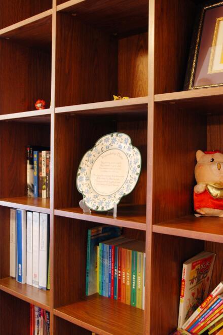 92平美式田园风格书房书架效果图展示