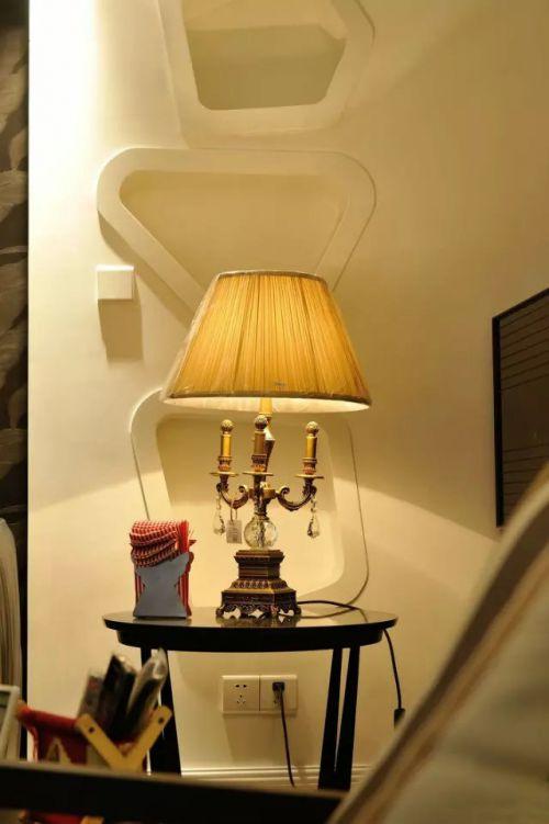 书房台灯装饰效果图装修