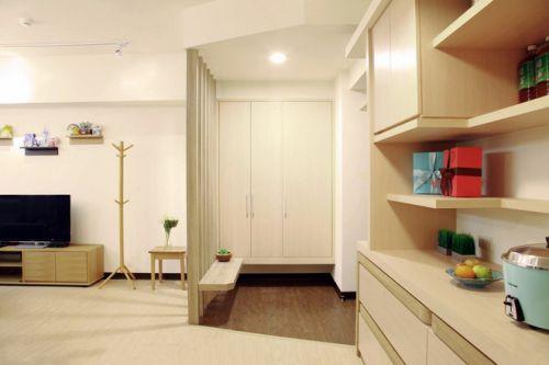 日式一居室衣帽间设计效果图