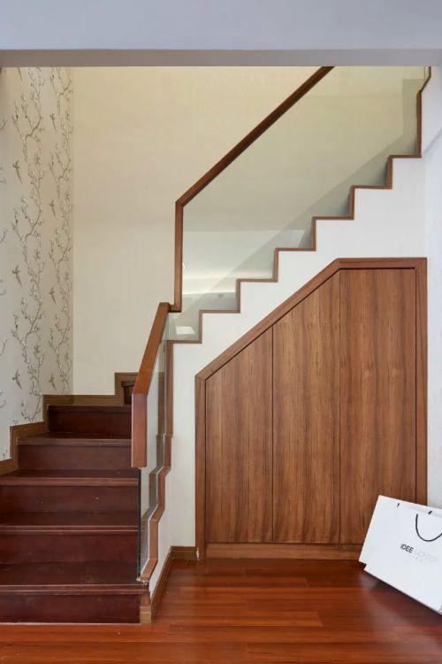 现代中式楼梯家装设计效果图