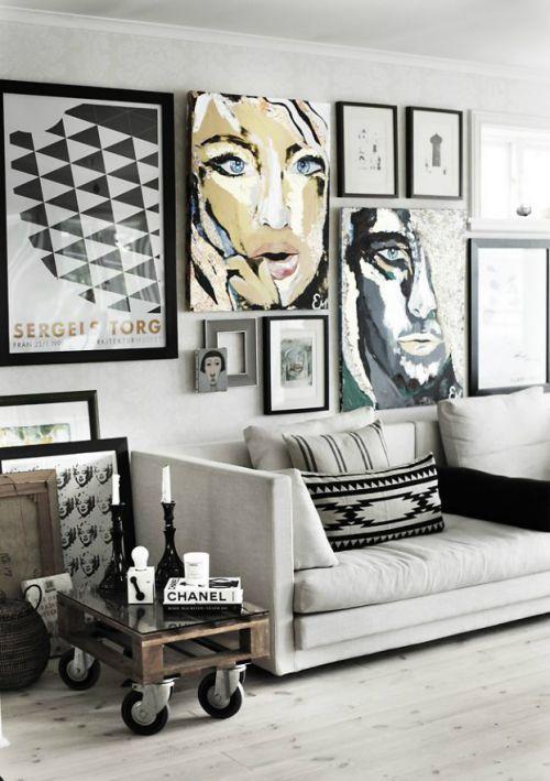 现代风格客厅黑色调背景墙装修效果图