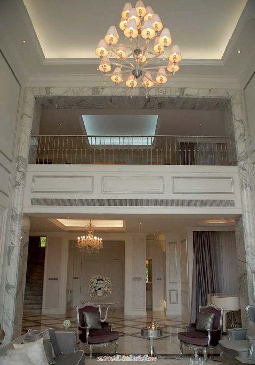 灰色调现代风格客厅跃层复式效果图