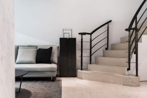 现代风格几何线条黑色客厅楼梯装修效果图