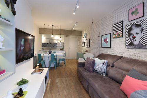 温馨精致现代风格客厅背景墙装修设计
