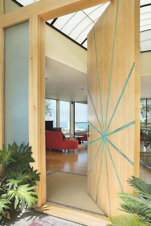 现代简约四居室客厅原木色隐形门装修效果图