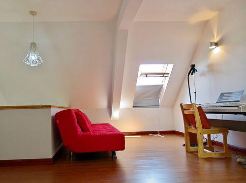 白色现代简约风格小客厅沙发设计