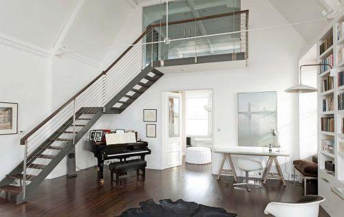 优雅复式房现代风格客厅楼梯装修图片