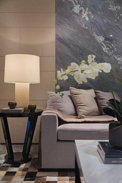 气质简约现代风客厅沙发装修设计