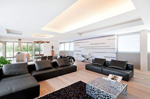 现代风格低调奢华客厅黑色皮沙发效果图