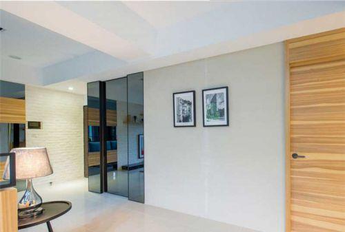 现代简约四居室客厅照片墙装修效果图欣赏