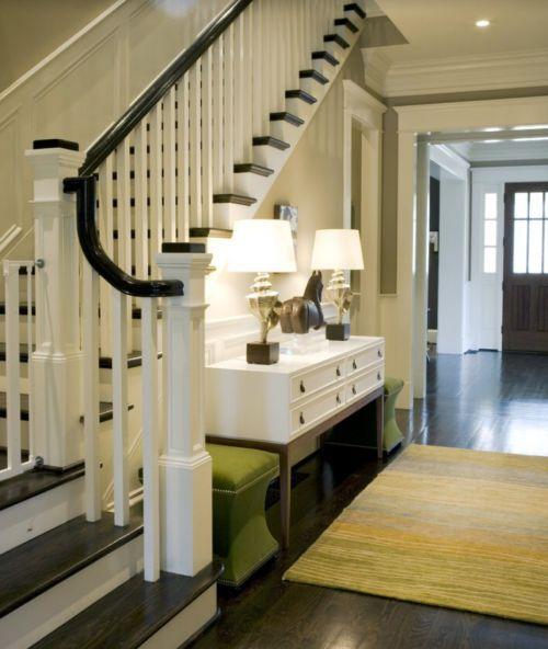 340平简欧风别墅客厅楼梯装修效果图
