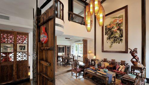 四居室原木色中式客厅隔断装修效果图