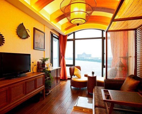 黄色中式别墅客厅吊顶装修效果图