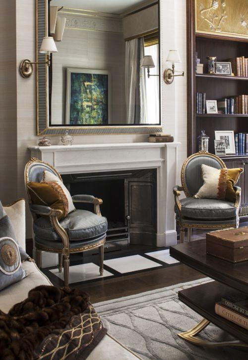 典雅复古欧式风格奢华客厅壁炉设计