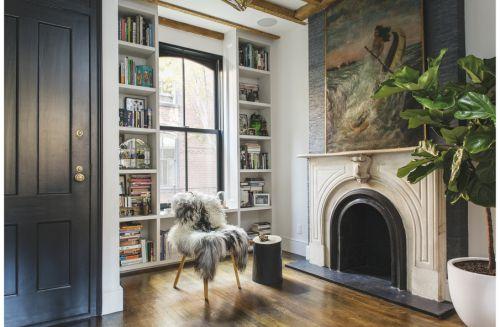 维多利亚风格别墅客厅装饰实景图