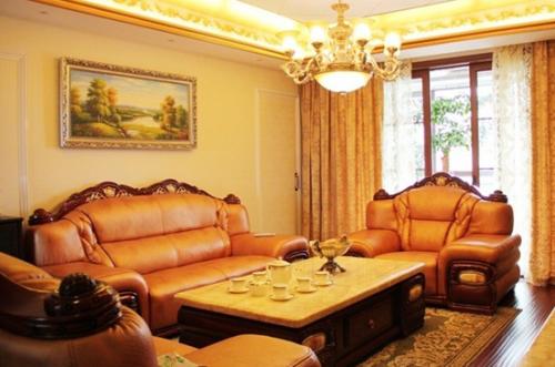 欧式二居室客厅装修效果图欣赏