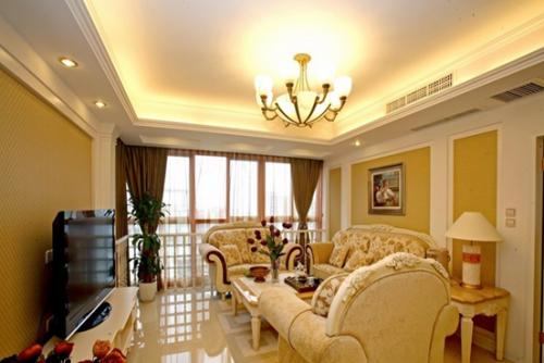 欧式二居室客厅装修图片欣赏