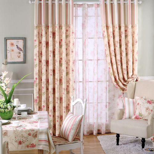 黄色米色田园客厅印花条纹窗帘效果图
