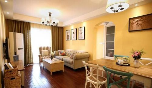 田园风格二居室客厅吊顶装修效果图