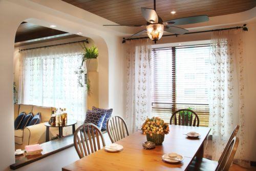 田园风格三居室客厅窗帘装修效果图欣赏