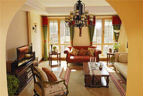 田园风格四居室客厅照片墙装修图片