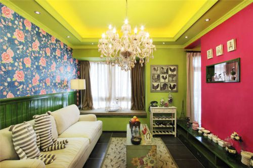 田园风格二居室客厅背景墙装修图片