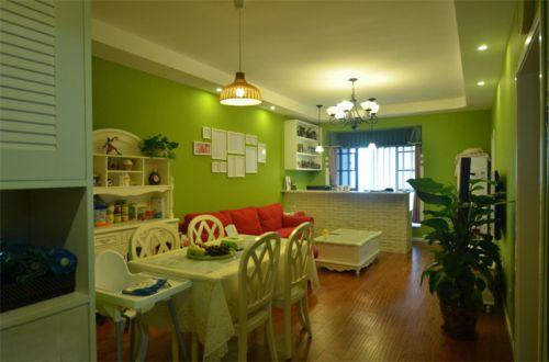 田园风格二居室客厅照片墙装修效果图